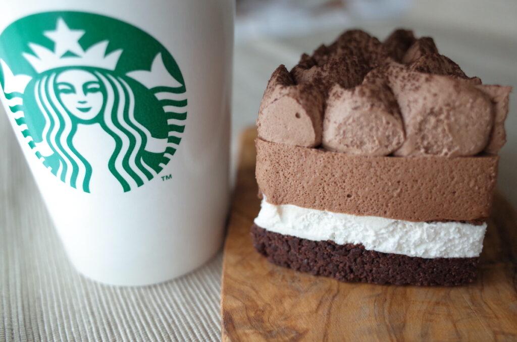 スターバックスの「クラシックチョコレートケーキ」